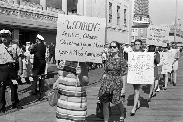 the chicano movements struggle for equality and segregation The chicano movement is studied so little that it is often overlooked that it was fought for over a century the movement's first recorded milestone for equality.