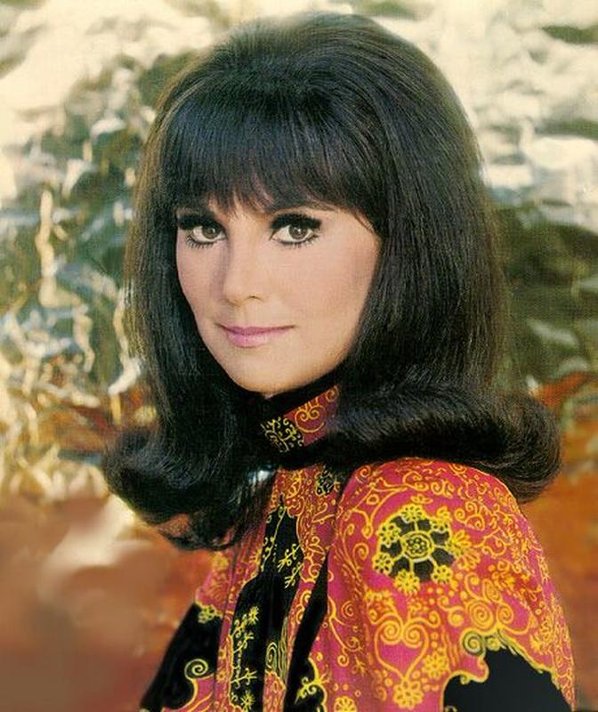 Women Flipped For The Flip Hairdo In The 60s Groovy History